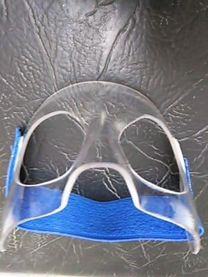 masdcara transparente